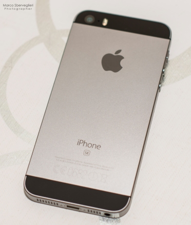 iPhone_SE_Space grey
