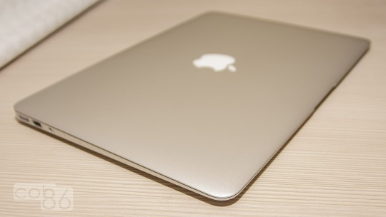 MacBookAir_02